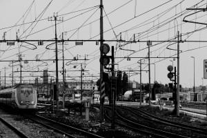 Gleise auf einem Bahnhof