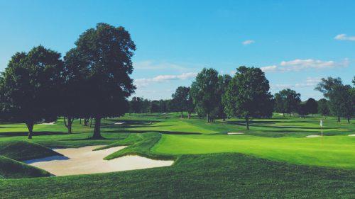 Golfplatz oder Golfkurs?